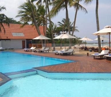 Hotel Ekho Surf