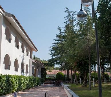 Hotel Villaggio La Mantinera