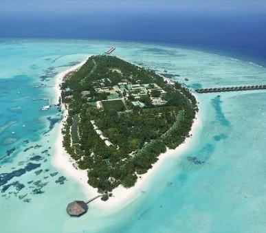 Vily Meeru Island Resort