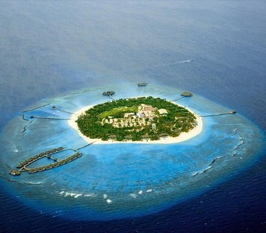Hotel Velaa Private Island