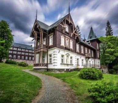 Lázeňská vila Vlasta (hlavní fotografie)