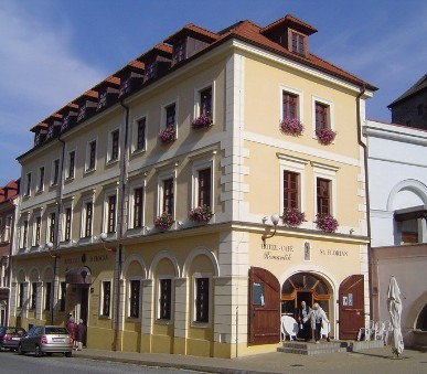 Hotely Loket (hlavní fotografie)
