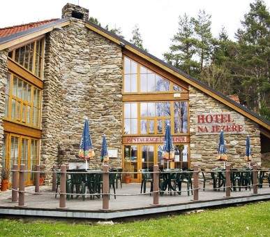 Hotel EA Na Jezeře