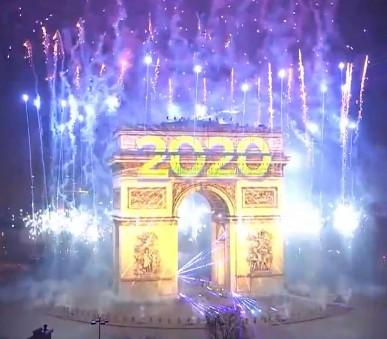 Silvestr v Paříži (hlavní fotografie)