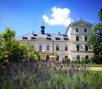 Chateau Mcely (hlavní fotografie)