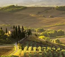 Za toskánskými poklady a vinicemi