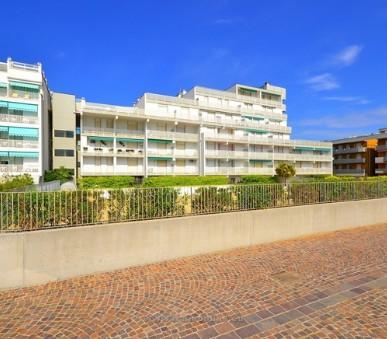 Residence Punta Dell´Est