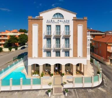 Residence Alba Palace