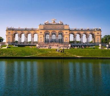 Vídeň s návštěvou Schönbrunnu - Jednodenní zájezd