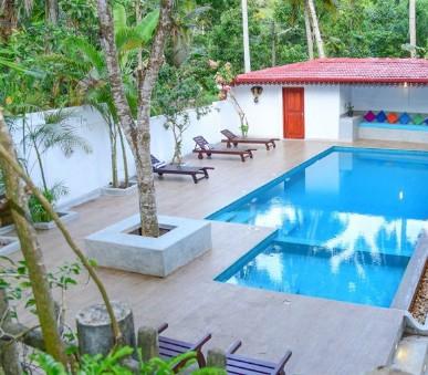 Hotel Blue Sky Beach Resort