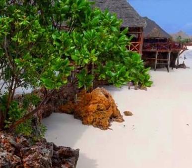 Hotel Langi Langi Beach Bungalows