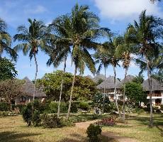 Hotel Bluebay Beach Resort and Spa