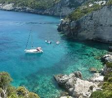 Řecké ostrovy na plachetnici + skryté zátoky a nejkrásnější pláže