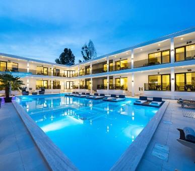 Hotel Avaton Luxury Resort