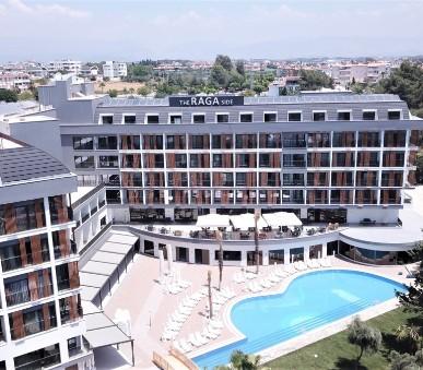 Hotel The Raga