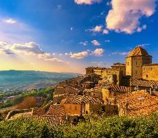 Za toskánskými poklady a vinicemi - letadlem